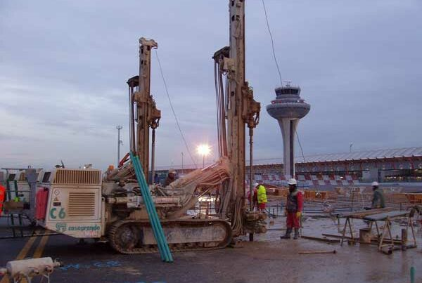 Inyecciones en el túnel de la CELA del Aeropuerto de Barajas - Madrid